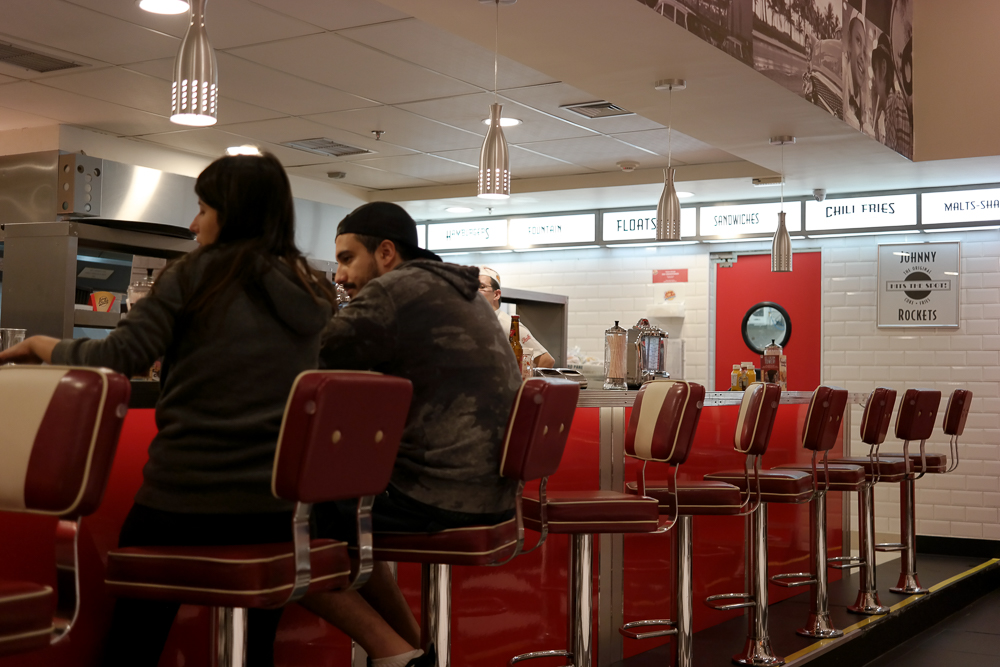 JohnnyRockets ambiente