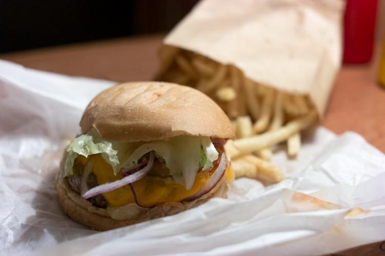 BURGER JOINT – Melhor hambúrgueria de NY em SP!