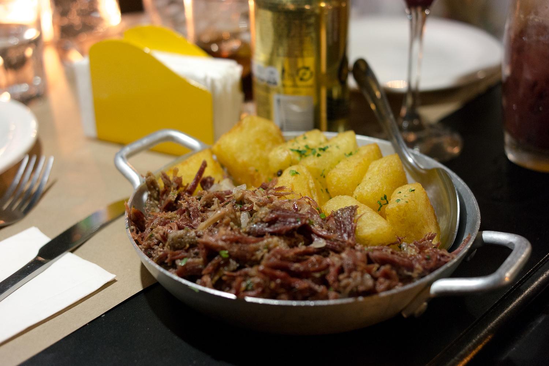 carne-com-mandioca