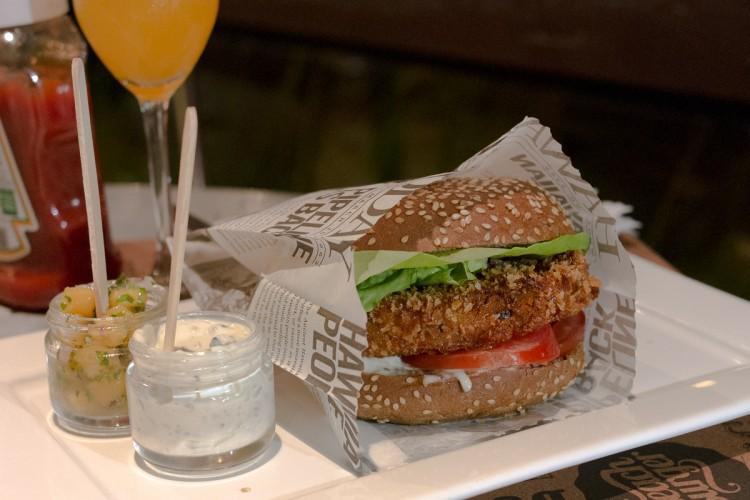 BEACH BURGER – Uma hamburgueria diferente!