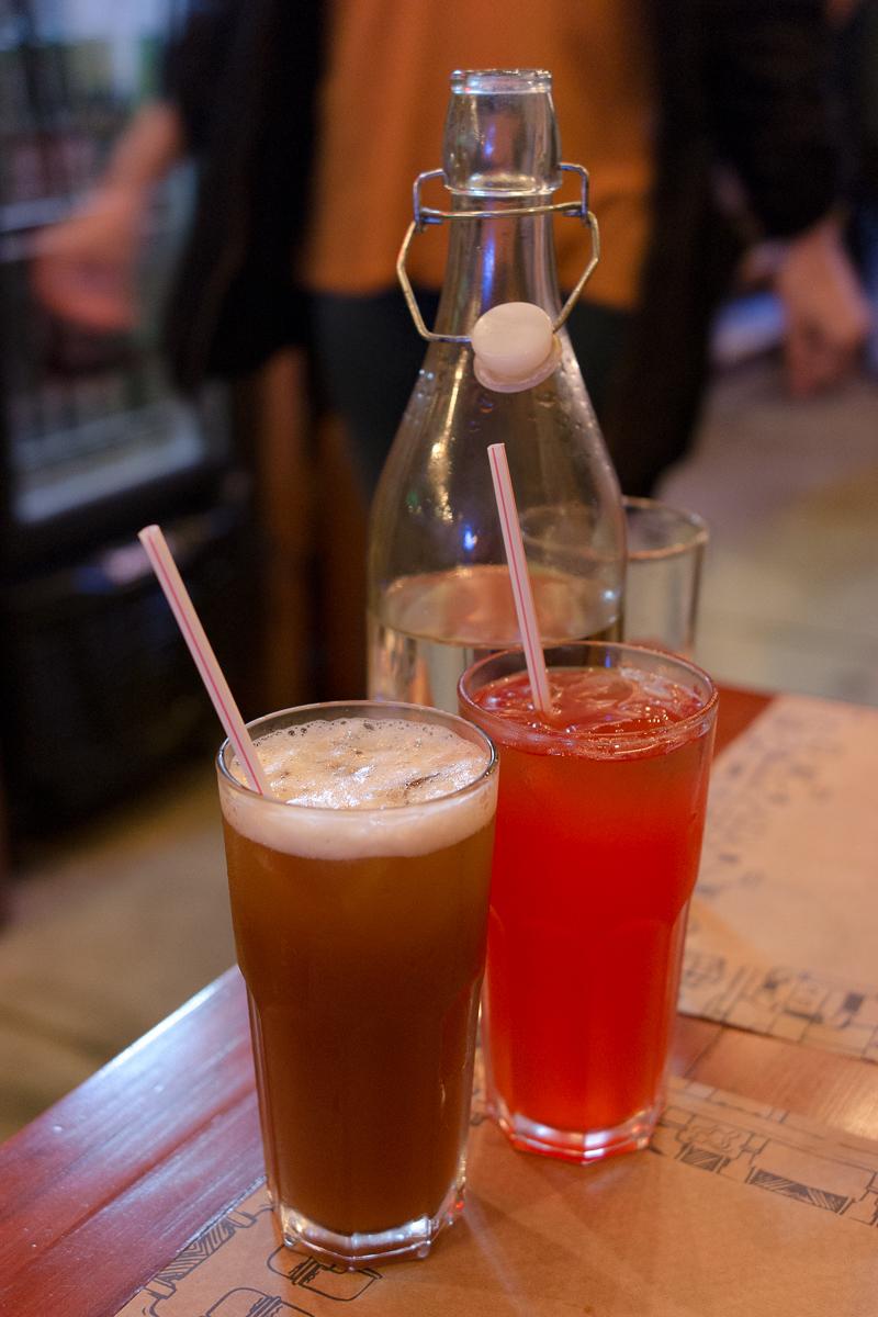 Chá da casa e Pink Limonade