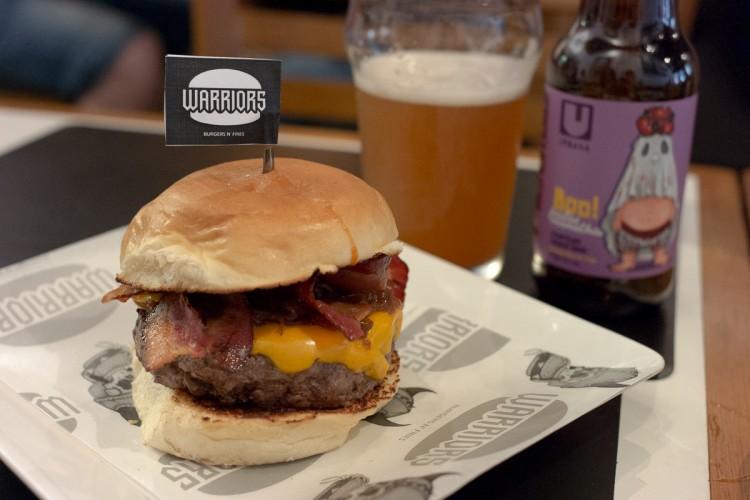 Warriors Burgers N' Fries – Hamburgueria itinerante!