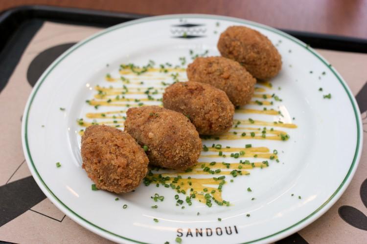 SANDOUI – Para sanduíches em um ótimo ambiente!
