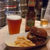 FAST BERLIN – Comida de rua alemã e muita cerveja!