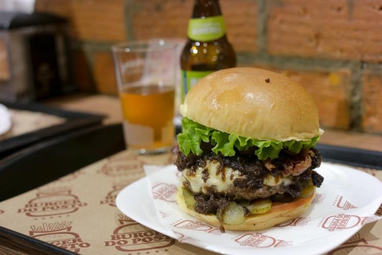 BURGER DO POSTO – Hambúrguer para a madrugada na Vila Madalena!