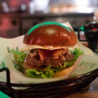 CADILLAC BURGER – Primeira hamburgueria grass fed do Brasil!