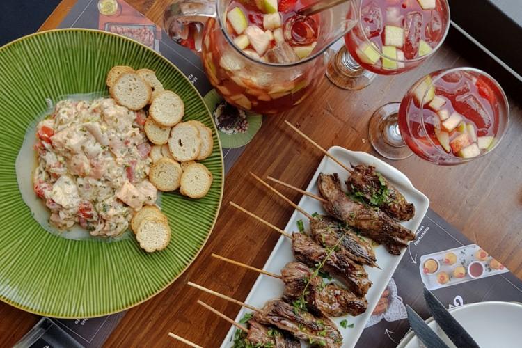 FORTUNATO BAR – Muitos drinks, comidinhas e sobremesa imperdível!