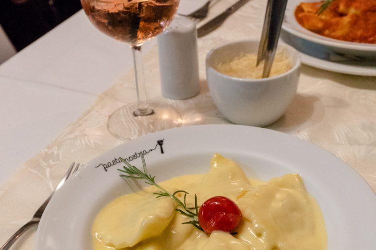 PASTA NOSTRA – Um delicioso e aconchegante restaurante italiano!