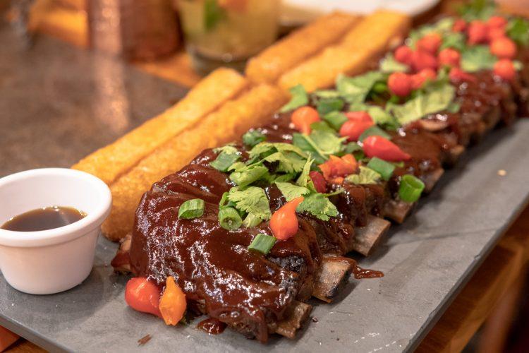 CAJUEIRO – Culinária nordestina na zona norte!