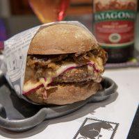 BNB HAMBURGUERIA – Ótimos burgers harmonizados com cervejas!