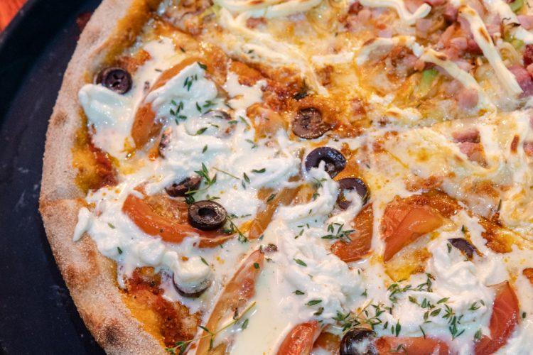 VEZPA – Pizzas para comer com as mãos em ambiente descontraído!