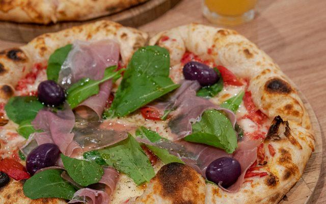 SPONTA - Uma ótima pizzaria dentro do Ibis Barra Funda!