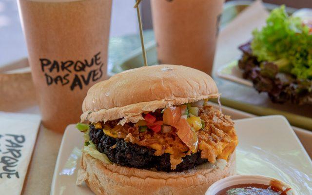 RESTAURANTE PARQUE DAS AVES - Uma ótima opção de almoço entre os passeios de Foz do Iguaçu!