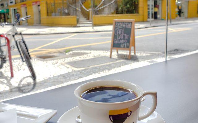 CAFETERIAS EM CURITIBA - Um roteiro pra quem ama café e/ou doces!